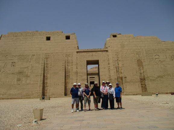 group in front of Habu Temple