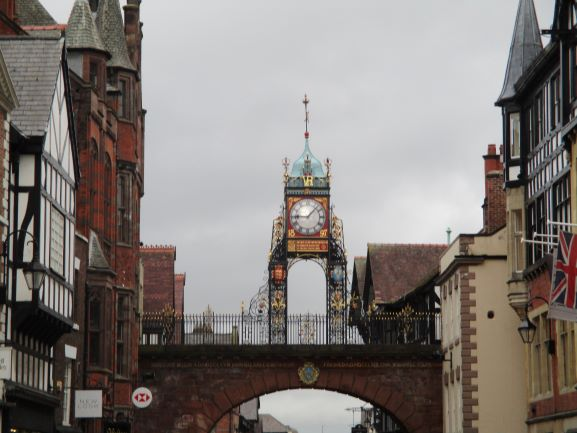 famour chester clock